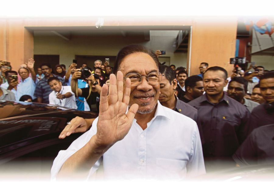PKR president Datuk Seri Anwar Ibrahim said the statutory declaration (SD) to support Tun Dr Mahathir Mohamad to remain as the Prime Minister was no longer valid. --BERNAMA