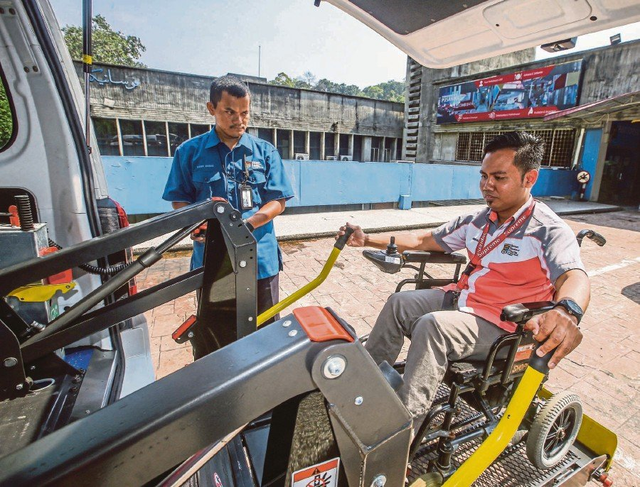 Disabled students are among the priority groups given special routes for entry into public universities.. NSTP/AZHAR RAMLI
