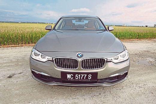 BMW 318i: Entry-level luxury | New Straits Times | Malaysia General on bmw 316ti, bmw alternator, bmw 525ix, bmw 528it, bmw 518i, bmw 740il, bmw 320ci,
