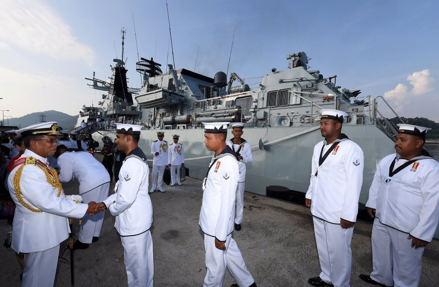 The KD Lekiu with 150 personnel onboard commenced sailing 6,628 nautical miles and was expected to arrive in Hawaii on June 25 to join the exercise until July 29 before returning home on Aug 3. (BERNAMA)