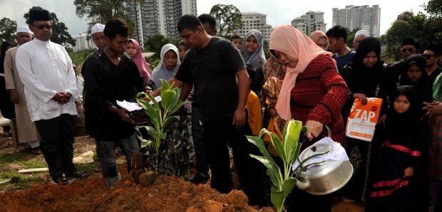 Johor promises RM1,000 aid to each survivor of cycling tragedy