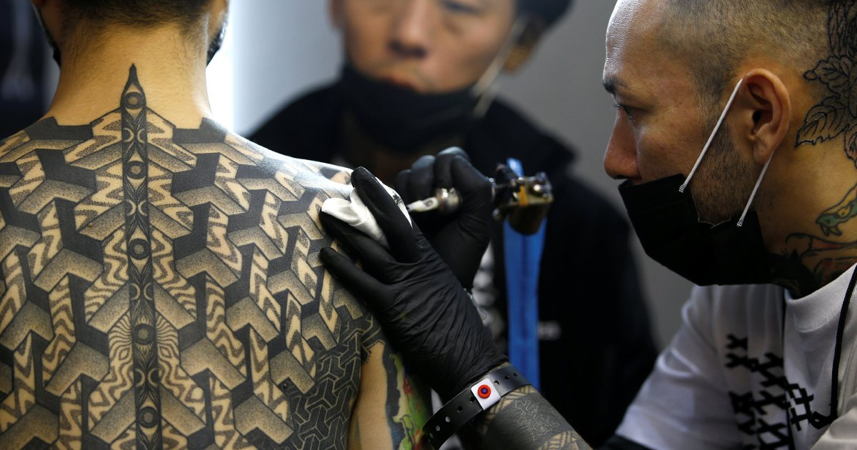 Tattoo artists need medical license japanese court new for Tattoo artist license
