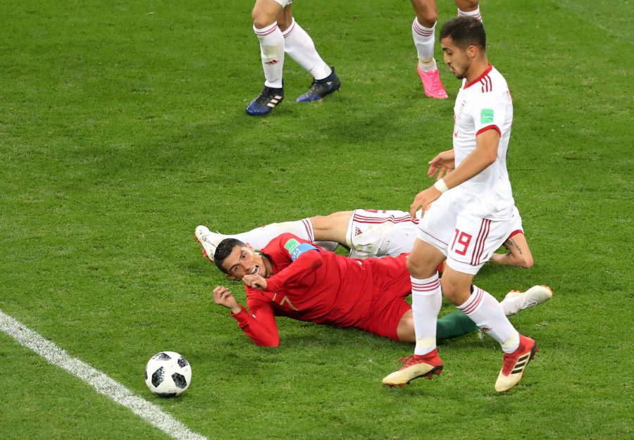 Foul An Ronaldo