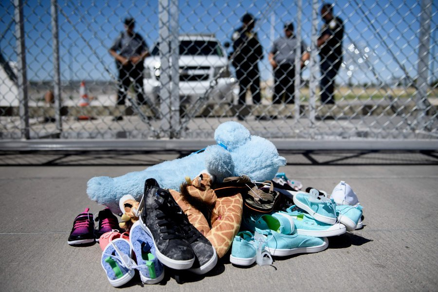 Image result for 700 separated children still in US custody after deadline