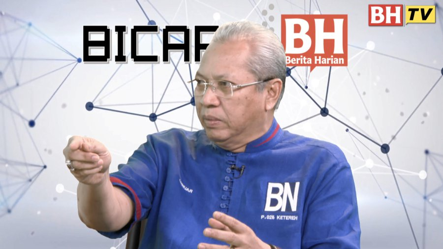 """Speaking during an interview in Bicara BH titled """"PRU14 - Antara Mimpi & Realiti"""" yesterday, Annuar said DAP should realise that the approach would not be easily accepted especially by the Malays and Bumiputera community in Sabah and Sarawak. (NST file pix)"""