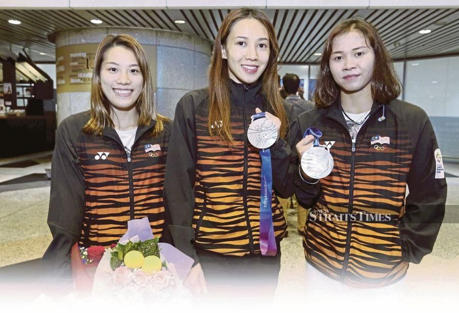 (From right) Pandelela Rinong, Leong Mun Yee and Wendy Ng are among the six national divers currently training in various parts of China.