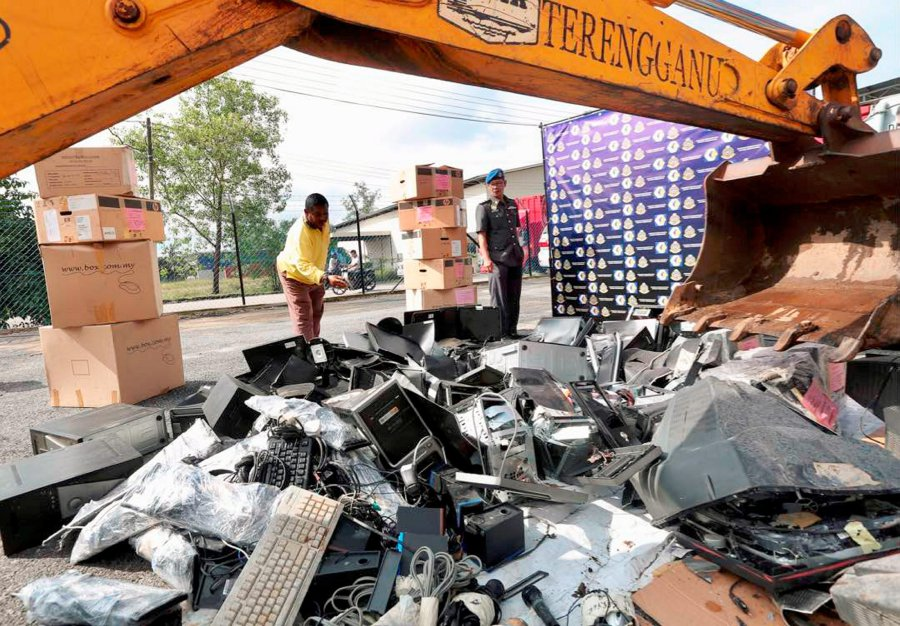 RM300k in counterfeit goods destroyed in Terengganu this year | New