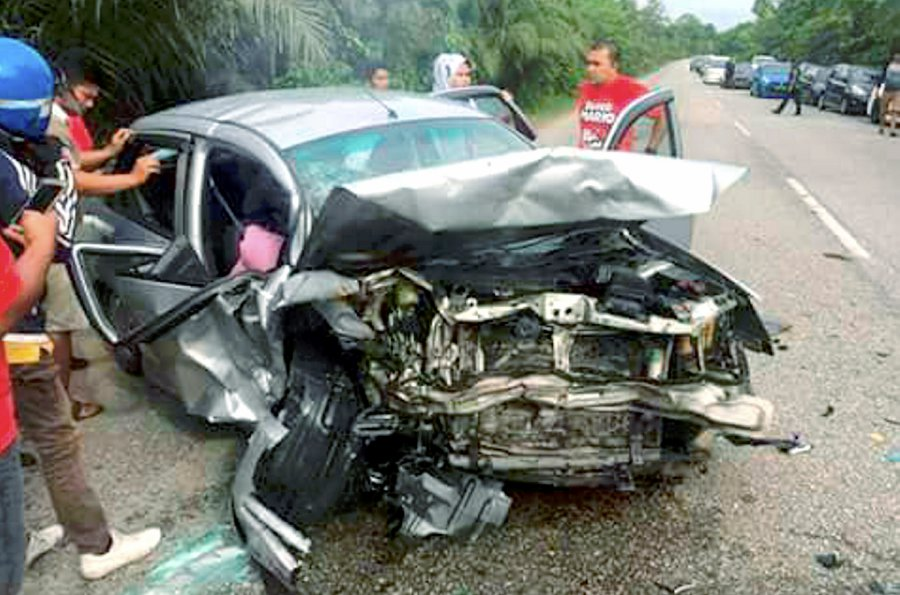 3 in family killed, 4 injured in Gua Musang collision | New Straits