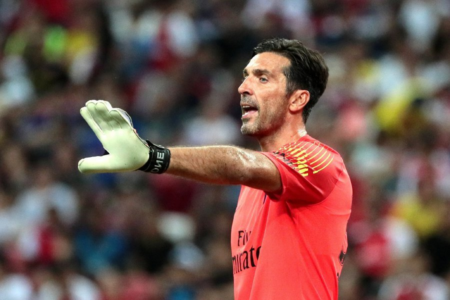Italy legend Gianluigi Buffon has a fight on his hands for the Paris  Saint-Germain goalkeeper s shirt as coach Thomas Tuchel revealed he had not  yet decided ... 44197f768