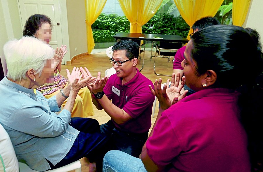 An activity session for dementia patients at the Caring With You Dementia Enrichment Programme Centre in Damansara, Kuala Lumpur. Pix by Shiraz Yasmine Ali