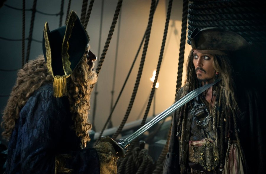 Weekend Box Office: 'Pirates' A Big Looter, 'Baywatch' A Big Loser