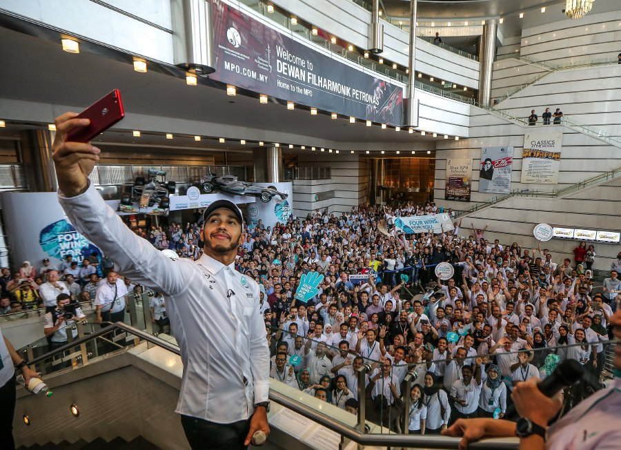 Hamilton says reliability will be key in 2018 new straits times lewis hamilton says he was not aware of the meet and greet the fans session but added that it means a lot to him pic by osman adnan m4hsunfo