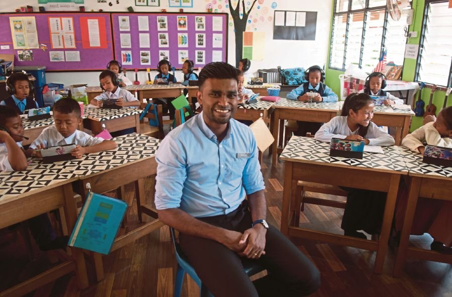 Samuel Isaiah received nomination as the top ten finalists for the 2020 Global Teacher Prize. -- Bernama File Pix