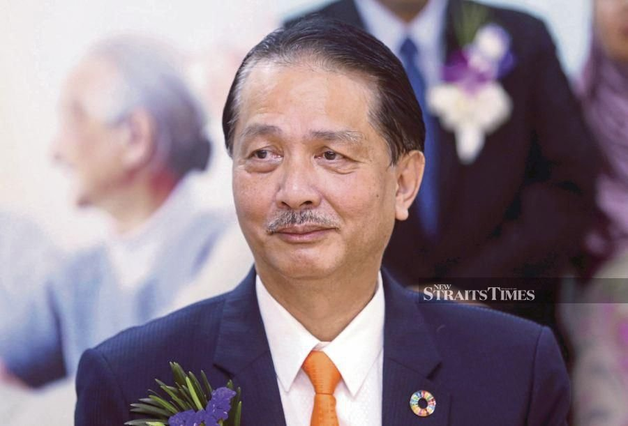 Health D-G Datuk Dr Noor Hisham Abdullah says a new virtual health advisory portal will provide free public access to consultations with MoH family medicine specialists or medical officers to address any uncertainties regarding Covid-19. - NSTP file pic