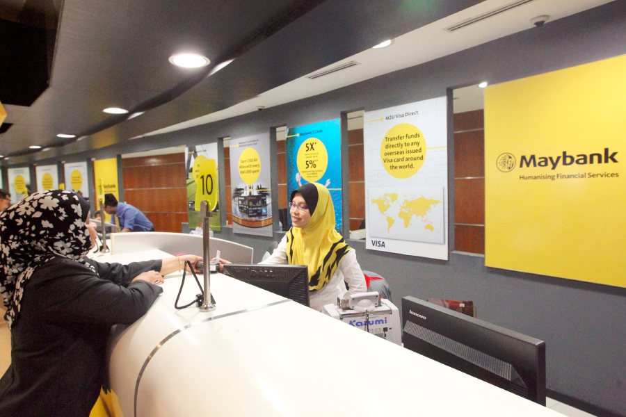 """Malayan Banking Bhd (Maybank) has being crowned the most valuable Malaysian bank brand, and among the top five Asean bank brands in the global brand rankings of the """"Top 500 Banking Brands 2017"""", published by the Global Brand Valuation and Strategy Consulting firm, Brand Finance. (File pix)"""