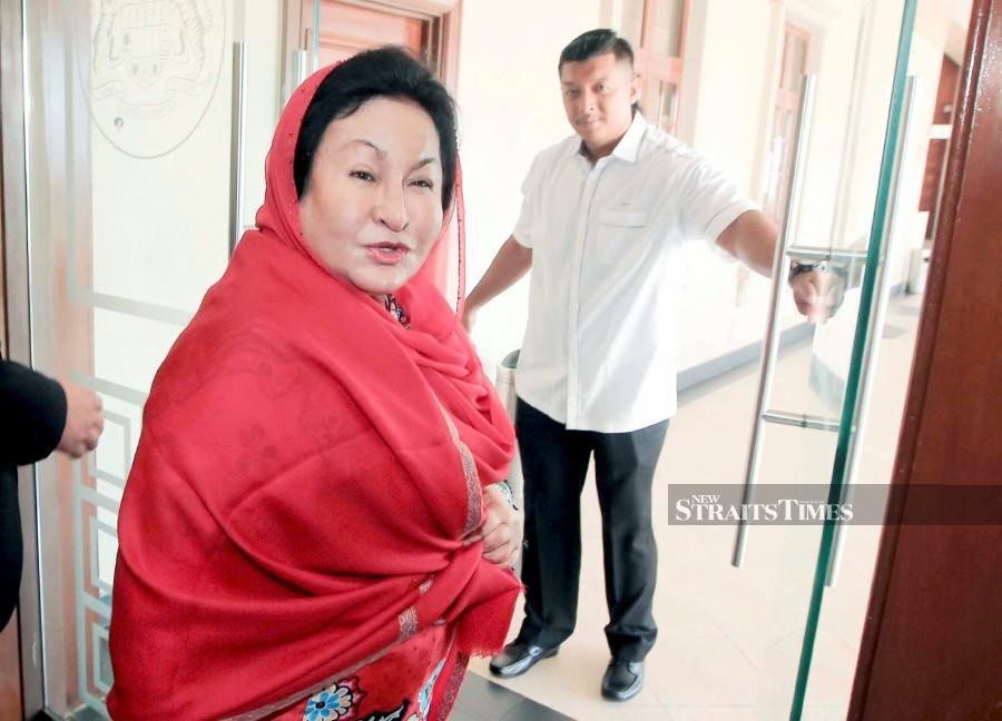 Datin Seri Rosmah Mansor is on medical leave until Feb 8 due to 'Adrenal Crisis' (acute neck pain). -NSTP/File pic