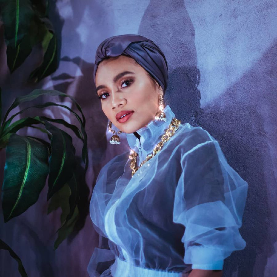 #Showbiz: Yuna shows off fancy dance moves in new single ...