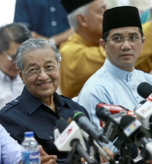 tun dr mahathir the person who i admire most Our second choice is to vote for tun dr mahathir ,  get an idea of the sort of person dr m  what is the most compelling reason for dr mahathir aged 93 to lead.
