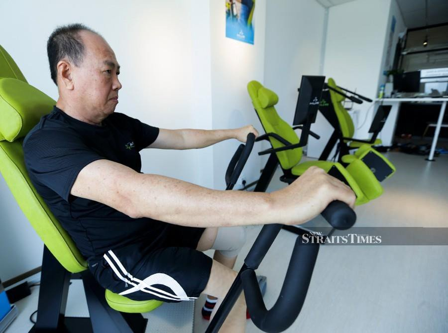 After losing a leg, Ong is determined to regain his strength and go back to his usual routine.