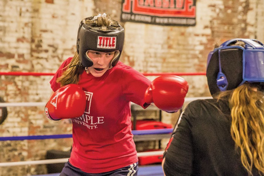 Boxing is now one of the favourite workouts among women. Picture from: www.wolfpackboxing.com