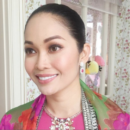 10 Malaysian makeup maestros to follow on Instagram | New Straits
