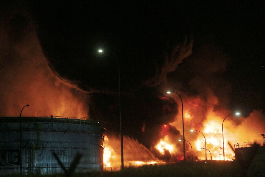 Fire at Kemaman oil storage facility spreads to third tank