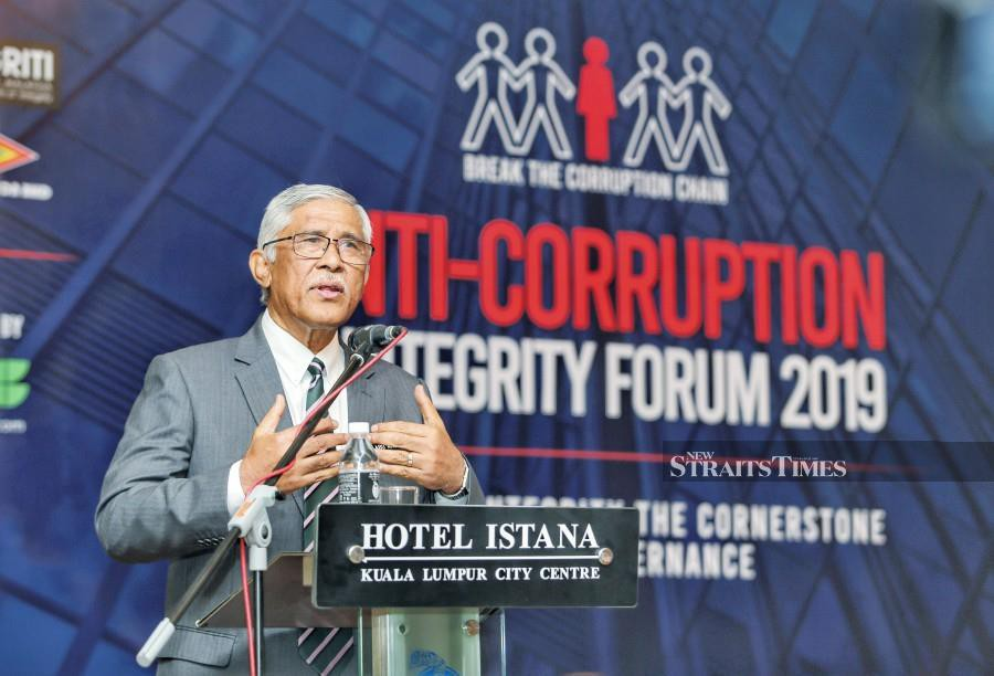 National Governance, Integrity and Anti-Corruption Centre (GIACC) director-general Tan Sri Abu Kassim Mohamed said the people's perception on the government's seriousness to fight corruption had increased to 70.8 per cent last year from 59.8 per cent in 2016. -- NSTP/ASWADI ALIAS.