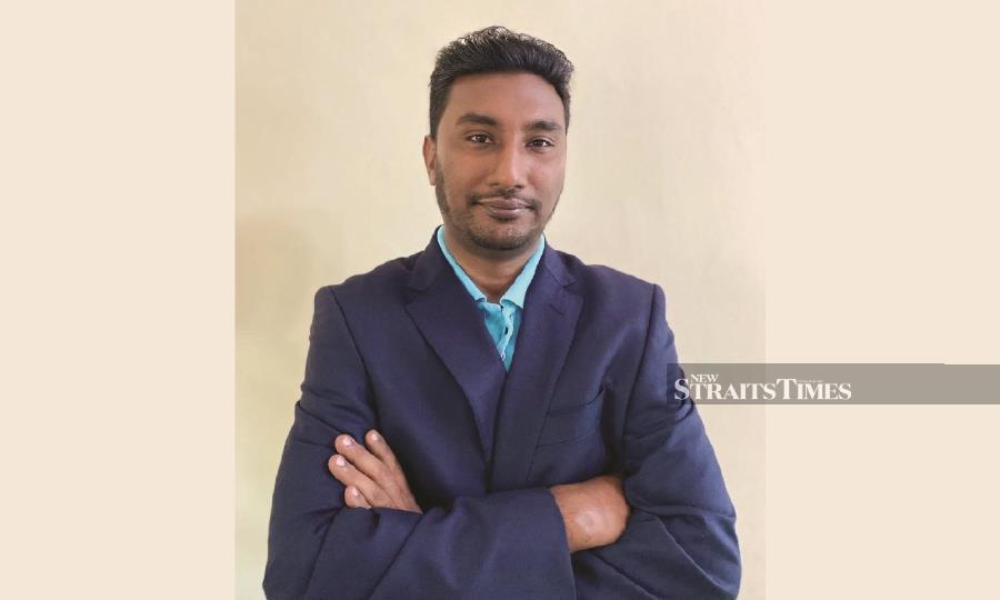 Dr Alla Baksh Mohamed Ayub Khan.