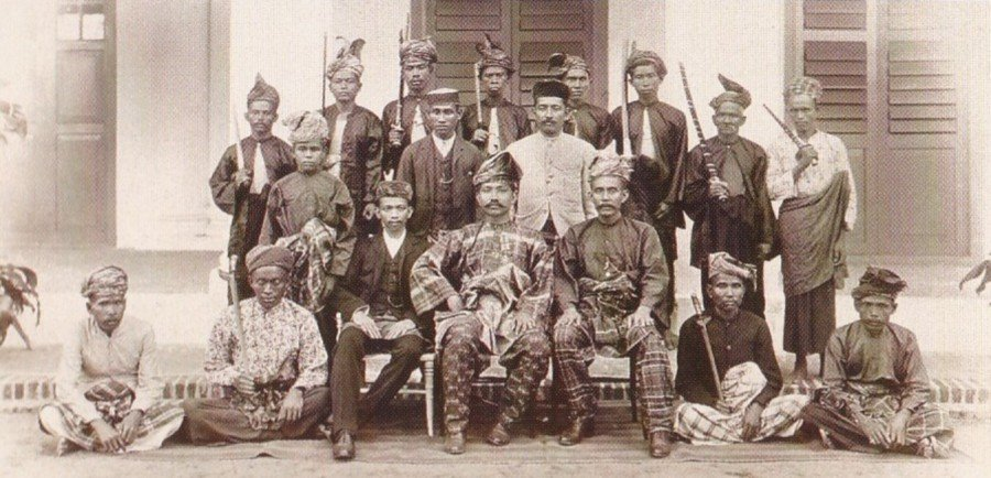 the malayan patriot tengku antah As with the other oppressed peoples of the east, the malayan communists and  patriots saw the defeat of japanese militarism as a milestone on their road.