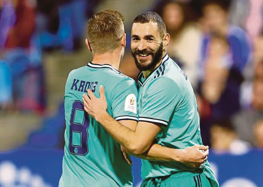Madrid Thrash Zaragoza To Make Copa Del Rey Quarter Finals New