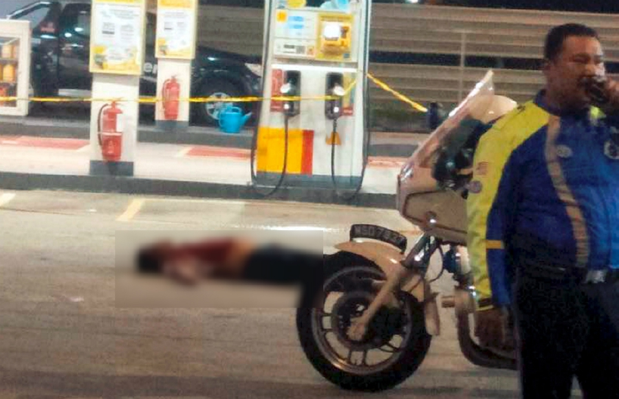 Man stabbed, mowed down by auto at Johor Baru petrol station