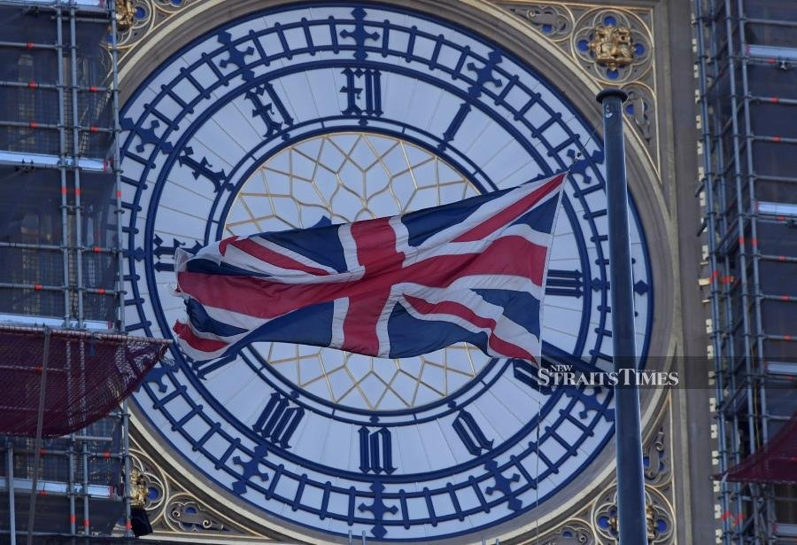 Clock to be projected on to Downing Street on Brexit day
