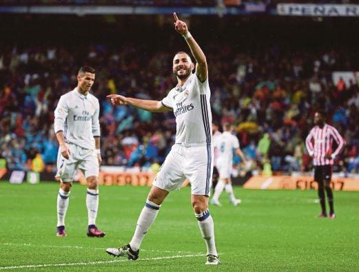 Real Madrid's Karim Benzema celebrates his goal against Athletic Bilbao. REUTERS