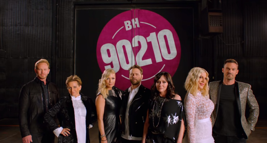 Now in their 40s and 50s, 'Beverly Hills 90210' cast returns to TV