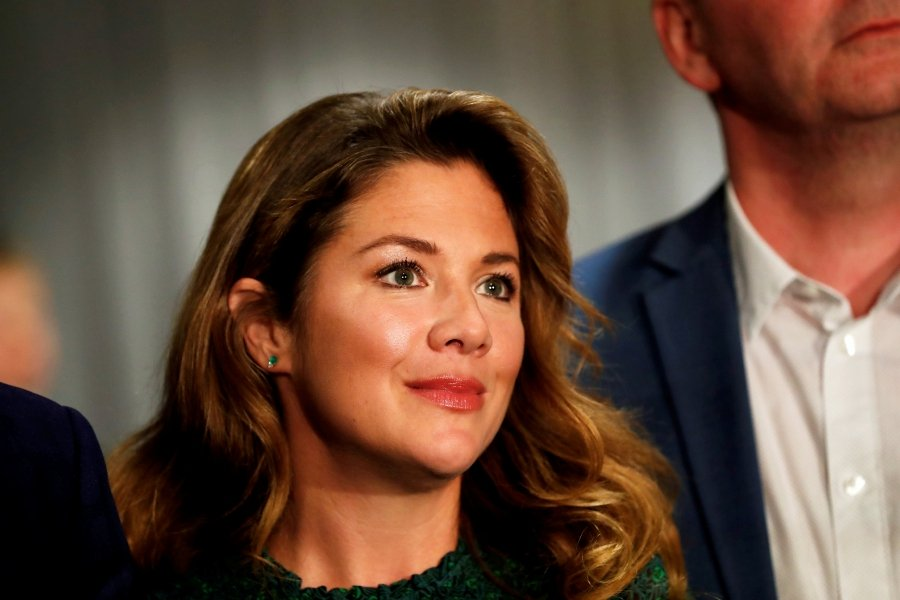 FILE PHOTO: Sophie Gregoire Trudeau, wife of Liberal leader and Canadian Prime Minister Justin Trudeau, arrives for a rally in Burnaby, British Columbia, Canada October 11, 2019. REUTERS/Stephane Mahe/File Photo