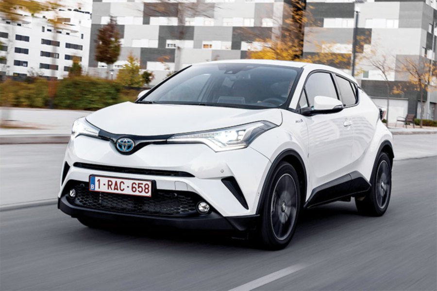 Hybrid Cars Selgate Boosts Toyota Foothold In Europe