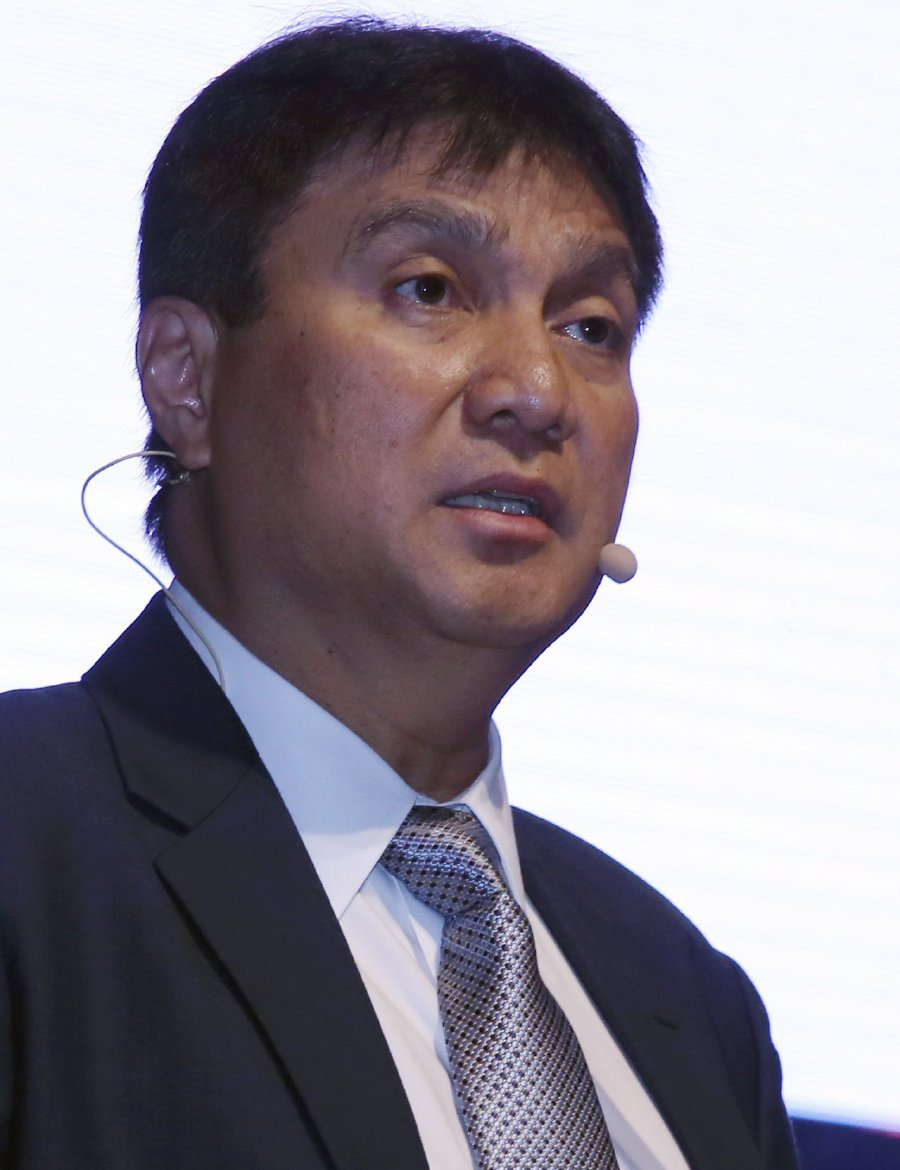 Sarawak Energy Bhd CEO Sharbini Suhaili, speaking at the Conference of Electric Power Supply Industry (CEPSI) 2018 in Kuala Lumpur on Sept 19, said Sarawak wants to expand the use of renewable energy. Pix by MOHD YUSNI ARIFFIN
