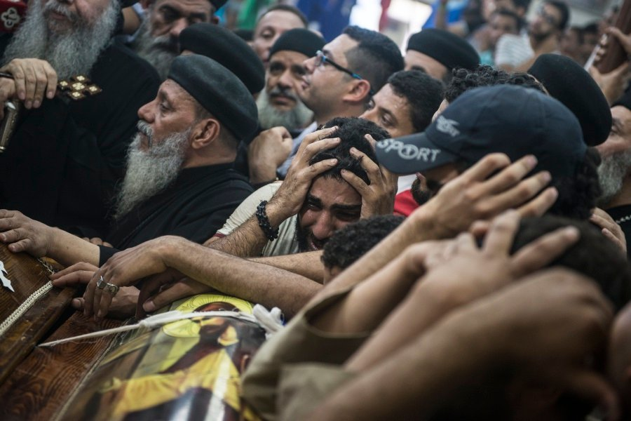 Egypt hits jihadist camps after attack on Coptic Christians