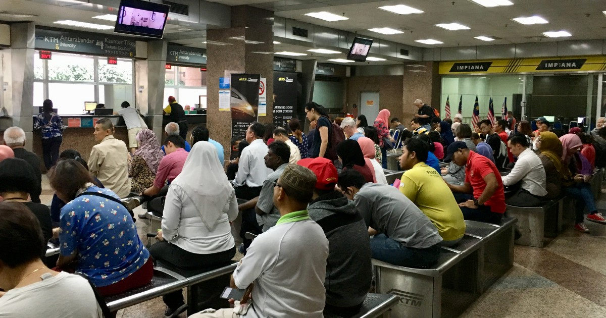 Upset passengers urge KTMB to fix ticketing problems