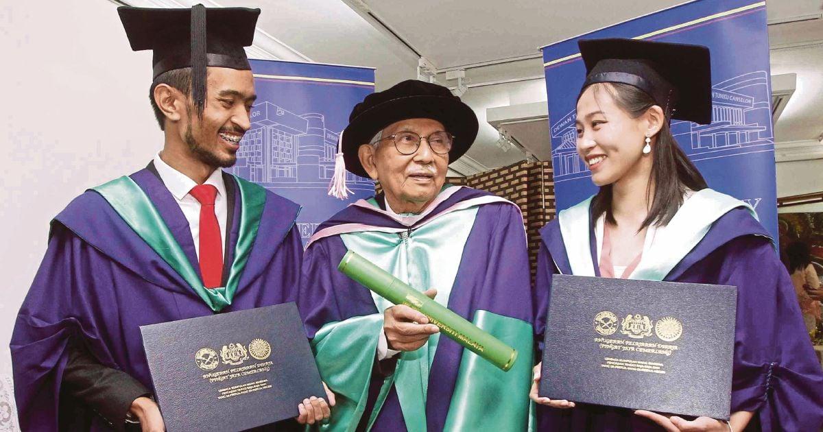 Daim gets PhD 11 years later