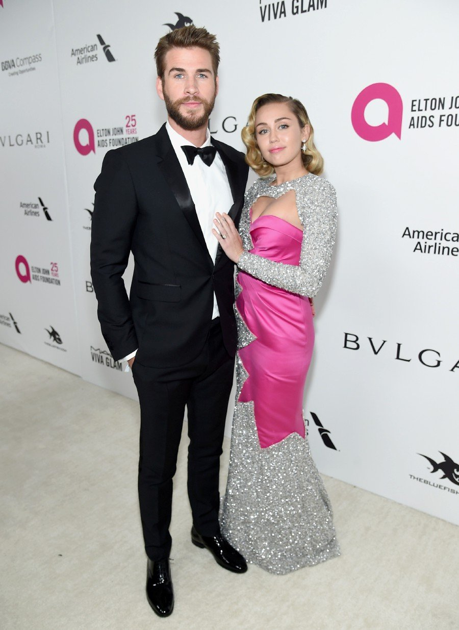 Miley Cyrus Wedding.Miley Cyrus Confirms Marriage To Teen Sweetheart Liam Hemsworth