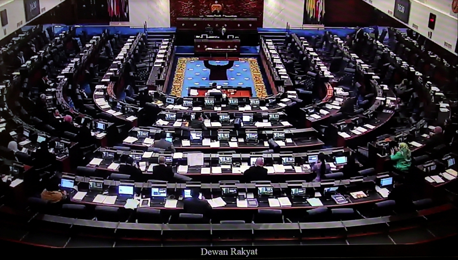 Four months after being gazetted as a law under the previous administration of Barisan Nasional (BN) government, the Anti-Fake News Act 2018 was repealed by the Dewan Rakyat. Pix by Mohd Yusni Ariffin
