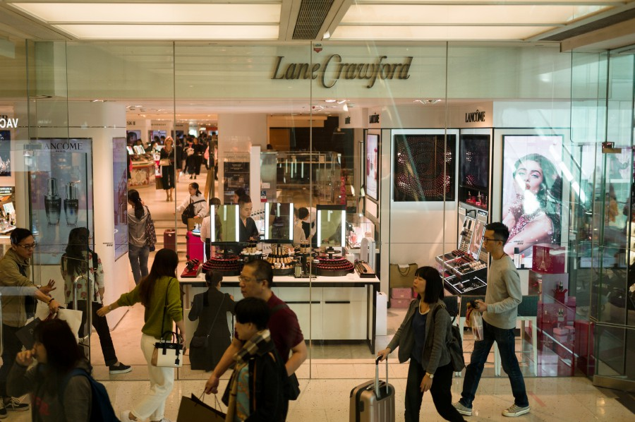 Hong Kong-based luxury department store operator Lane Crawford, has joined  Chinese retailers in dropping Dolce   Gabbana ... 27983b29f5dc