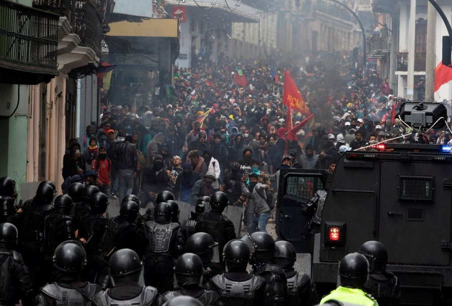 https://assets.nst.com.my/images/articles/ECUADOR-PROTESTS_0410_1570143664.jpg