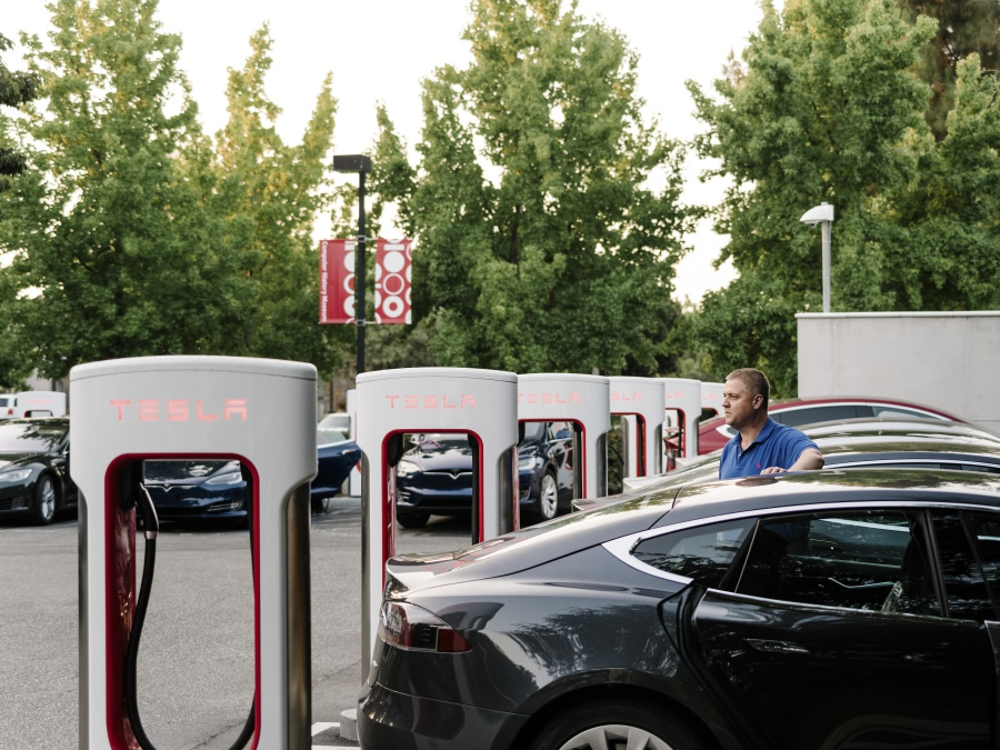 What needs to happen before electric cars take over | New