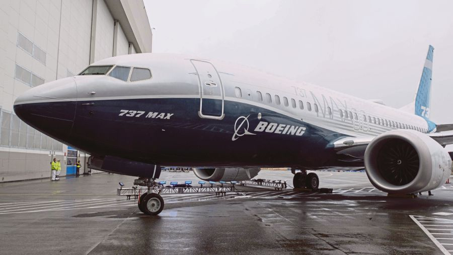 1f34b2b62d5 Airbus abandoned a five-year winning streak in the race for jetliner orders  in 2018, slumping to its lowest share of the $150 billion jet market in six  ...