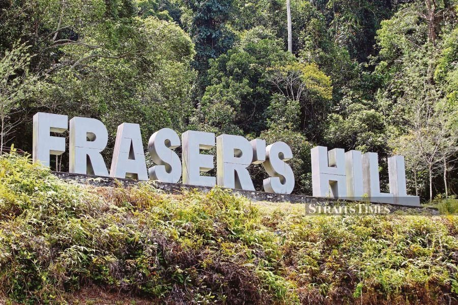 The road to the resort area of Fraser's Hill via Raub, 240 kilometres from here, was closed two days ago to all vehicles over fears of landslides during heavy rains. - NSTP file pic