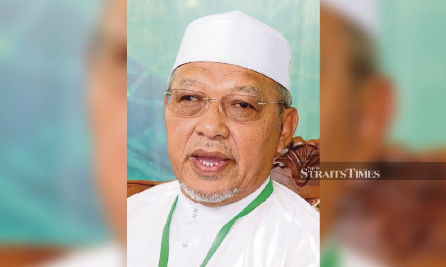 Kelantan Menteri Besar Datuk Ahmad Yakob is  now in stable condition but  told to get more rest. -NSTP/File pic