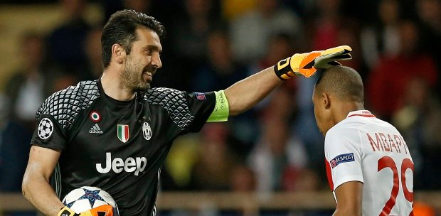 2a5d747db Buffon celebrates 100th Juve Champions League game in style