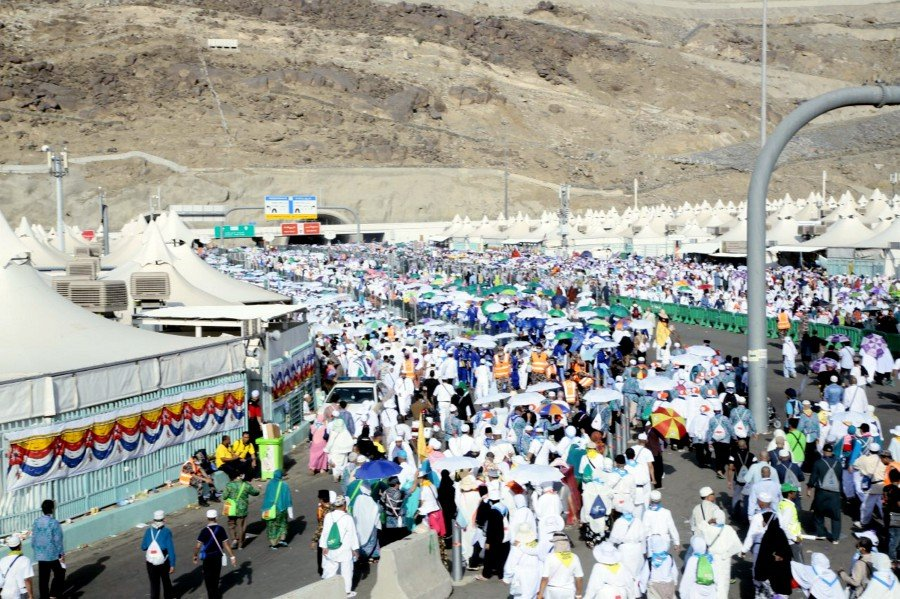 The sea of pilgrims in Mina in last year's haj. NSTP/COURTESY OF TABUNG HAJI
